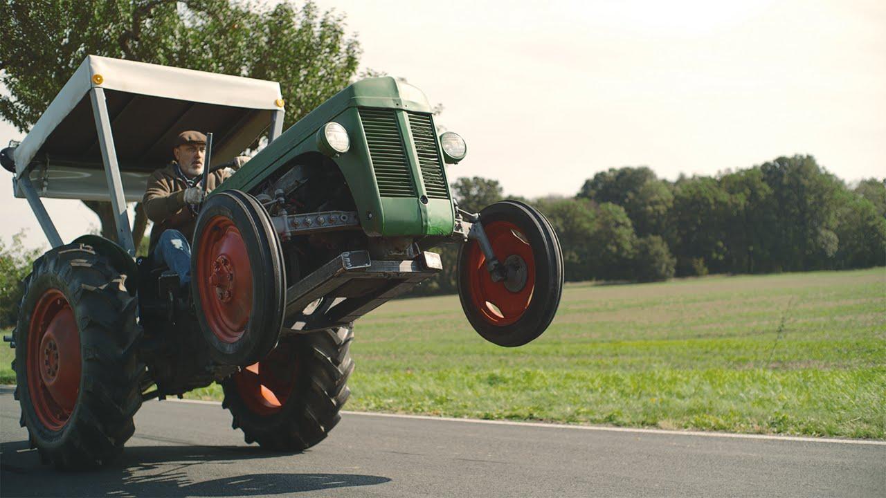 EDEKA Werbung 2015 Traktor - Bauer Georg s Ferguson von 1954 mit 425 PS