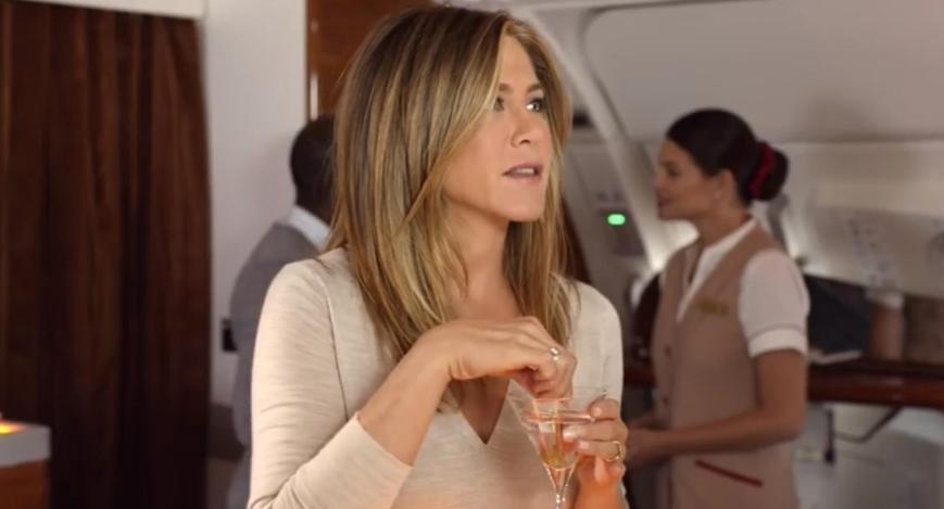 Emirates A380 Werbung 2015 mit Jennifer Aniston an der Bar